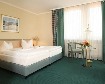 Europa Hotel Greifswald - Грайфсвальд - Bedroom