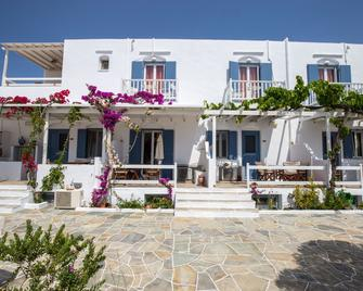 Pension Ageliki - Platis Gialos - Building