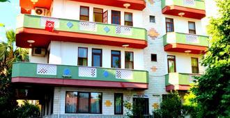 Varol Apart Otel - Alanya - Building