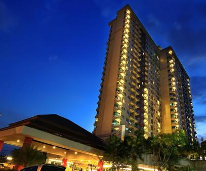 Solo Paragon Hotel & Residences - Surakarta City - Building