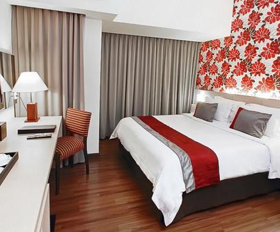 Solo Paragon Hotel & Residences - Surakarta City - Phòng ngủ