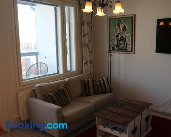 Pro Apartments 3 - Vaasa - Living room