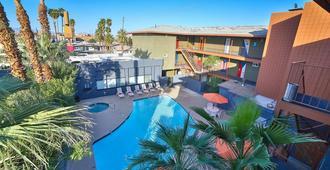 Las Vegas Hostel - Las Vegas - Piscina