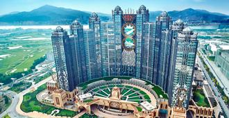 Studio City Hotel - Macau - נוף חיצוני