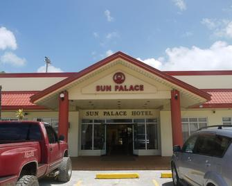 Hotel Sun Palace - Garapan - Edificio