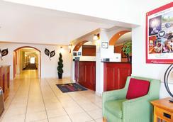 La Quinta Inn by Wyndham Orlando International Drive North - Orlando - Aula
