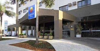 Comfort Hotel Goiania - Goiânia - Edificio