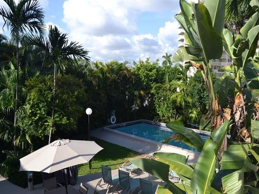 Grand Palm Plaza, a Fort Lauderdale Gay Men's Resort - Fort Lauderdale - Pool