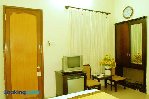Than Thien Friendly Hotel - Huế - Living room