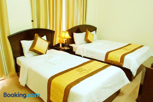 Than Thien Friendly Hotel - Huế - Bedroom