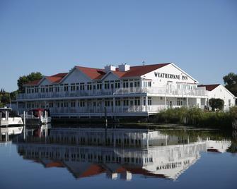 Weathervane Inn - Montague - Building