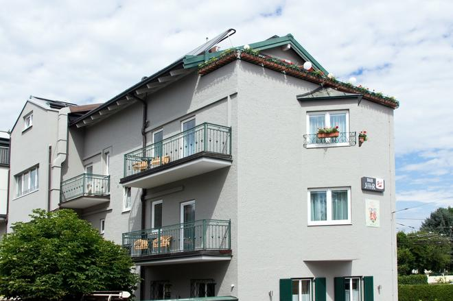B&B Hotel Junior - Salzburg - Toà nhà