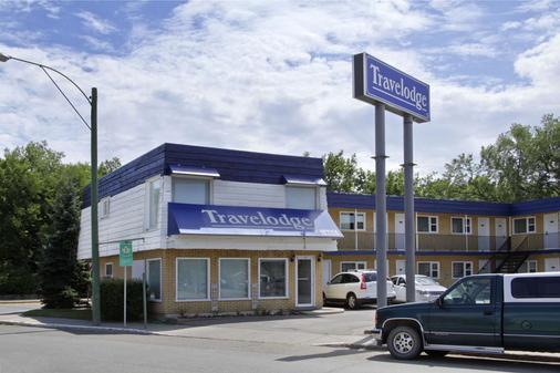 Travelodge by Wyndham Moose Jaw - Moose Jaw - Κτίριο