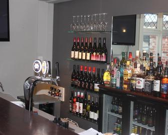 Centennial Court Hotel - Alexandra - Bar