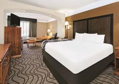 聖安東尼奧北橡樹石拉昆塔套房酒店 - 聖安東尼奥 - 聖安東尼奧 - 臥室