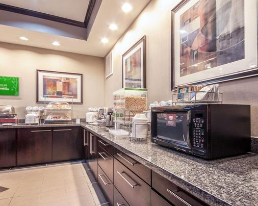 Comfort Suites Pecos - Pecos - Buffet