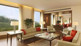 The Oberoi Gurgaon - Gurugram - Living room