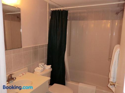 Bay Breeze Motel - Seaside Heights - Bathroom