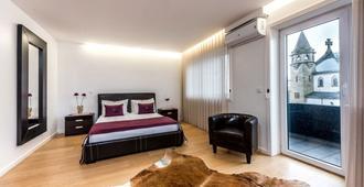 Lounge Inn - Oporto - Habitación