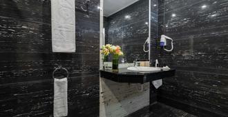 بريستيج ديلوكس هوتل آند أكوابارك كلوب - شامل لجميع الخدمات - غولدن ساندز - حمام