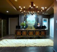 King And Queen Hotel Suites