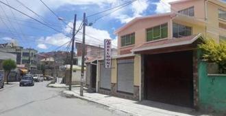 Belmont B&B - La Paz - Außenansicht