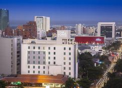 Four Points by Sheraton Barranquilla - Barranquilla - Buiten zicht