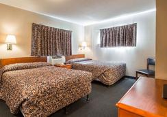 Suburban Extended Stay Hotel Airport - Tampa - Phòng ngủ
