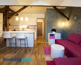 Rezidence Mandragora - Pardubice - Living room