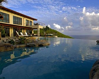 Peter Island Resort And Spa - Road Town - Pool