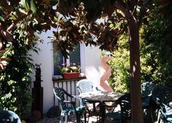 Hotel Mitus - Canet de Mar - Patio