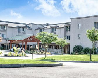 Heritage Hotel, Golf, Spa & Conference Center, Bw Premier Collection - Southbury - Building