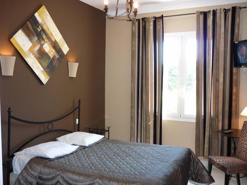 Adonis Sanary Grand Hôtel Des Bains - Sanary-sur-Mer - Bedroom