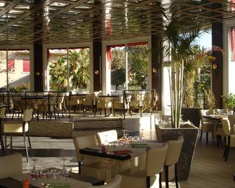 Adonis Sanary Grand Hôtel Des Bains - Sanary-sur-Mer - Restaurace