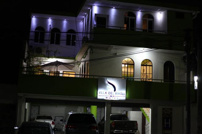 Villa del Angel Hotel - San Salvador - Edificio