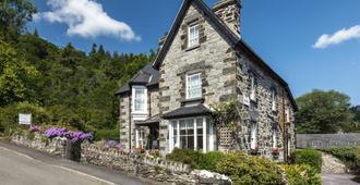 Garth Dderwen Victorian Guest House - Betws-y-Coed - Building
