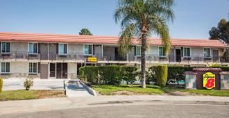 Super 8 by Wyndham Redlands/San Bernardino - Redlands