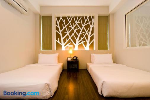 The Album Hotel - Bãi biển Patong - Phòng ngủ