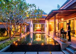 The Bell Pool Villas - Kamala - Piscina
