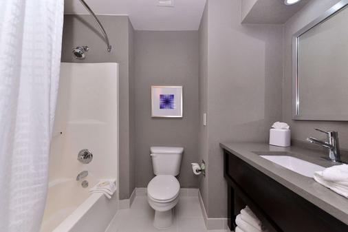 Comfort Inn & Suites Frisco - Plano - Frisco - Kylpyhuone