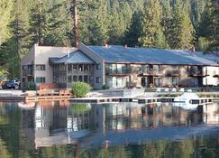 Donner Lake Village - Truckee