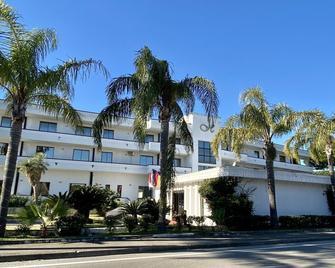 Hotel Clorinda - Capaccio - Gebouw