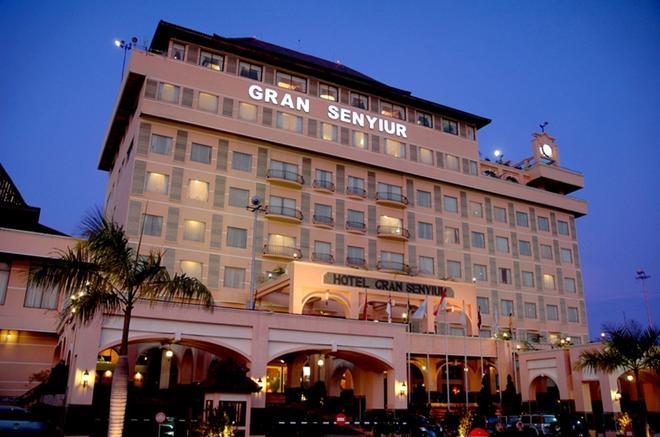 格蘭沙努爾酒店 - 峇里巴板 - 峇里巴板 - 建築