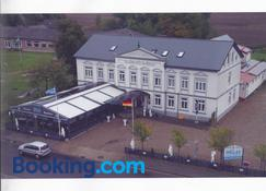 Hotel Restaurant Hellas - Gelting - Building