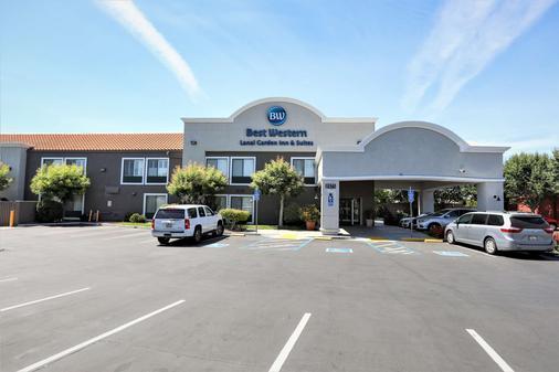Best Western Lanai Garden Inn & Suites - San Jose - Rakennus