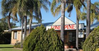 Lone Pine Motel - Corowa