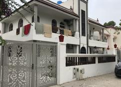 Too Many Suites - Saïdia - Edificio