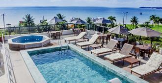 Atlântico Praia Hotel - ז'ואאו פסואה - בריכה