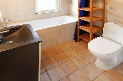 Hotel Kommandørgården - Rømø Kirkeby - Bathroom