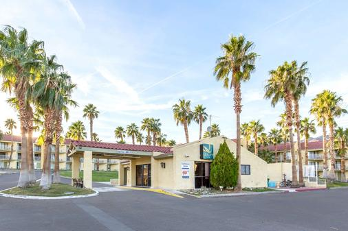 Quality Inn - Boulder City - Building